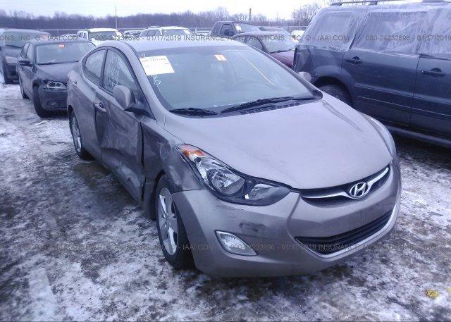 Inventory #584946989 2013 Hyundai ELANTRA