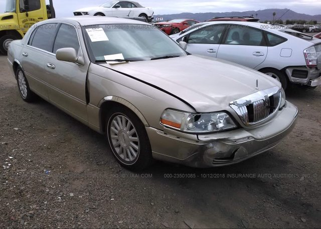1lnhm82w73y600829 Salvage Gold Lincoln Town Car At East Windsor Ct