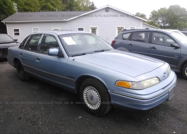 Inventory #943127310 1992 FORD CROWN VICTORIA