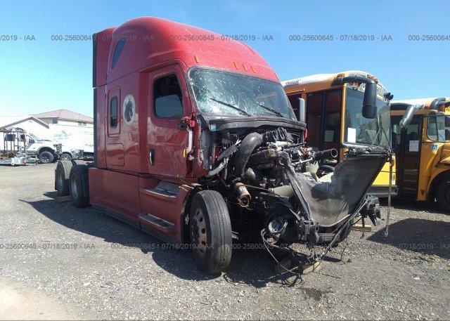 3AKJHHDR5KSKH2476, Non-Repairable Freightliner