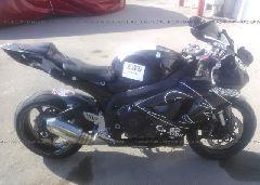 2006 Suzuki GSX-R600 - JS1GN7DA462100685 front view