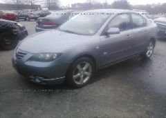2005 Mazda 3 - JM1BK323951231170 Right View