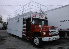 1988 FORD B700