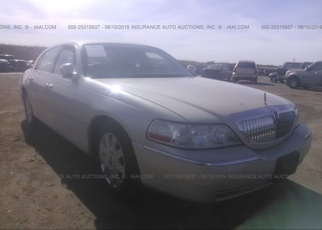 Inventory #366748425 2003 Lincoln TOWN CAR