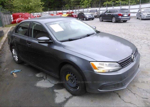 Inventory #715903537 2011 Volkswagen JETTA