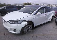 2018 Tesla MODEL X - 5YJXCAE28JF090040 Left View