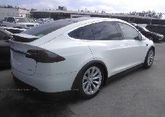 2018 Tesla MODEL X - 5YJXCAE28JF090040 rear view