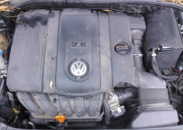 2013 Volkswagen JETTA - 3VWPP7AJ2DM639572