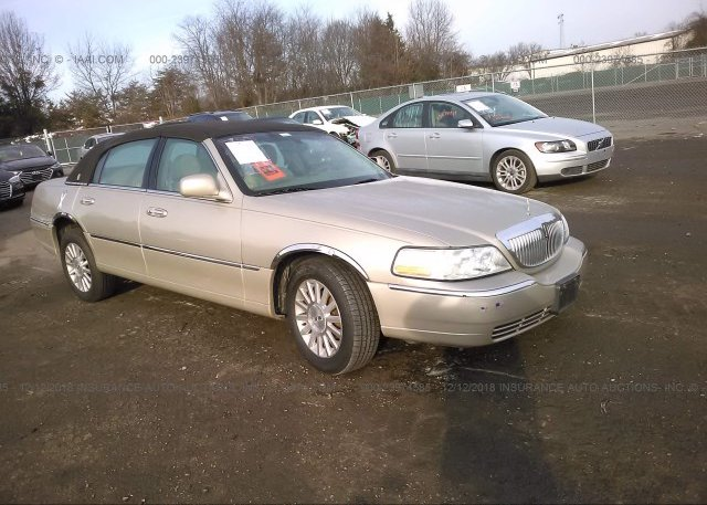 1lnhm81w64y644856 Salvage Gold Lincoln Town Car At Fredericksburg