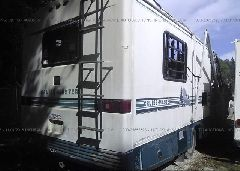 1994 CHEVROLET P30 - 1GBKP37N4R3317500 rear view