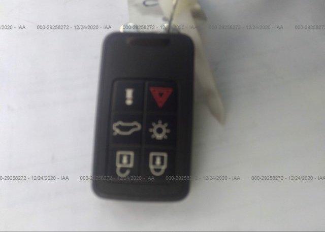 YV4982DL0A2081696 2010 VOLVO XC60