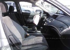 2010 Honda ACCORD - 1HGCP2F34AA120936 close up View