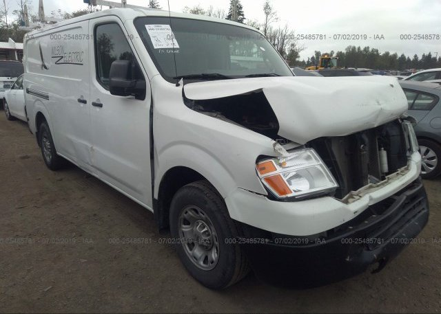 Inventory #818452358 2015 Nissan NV