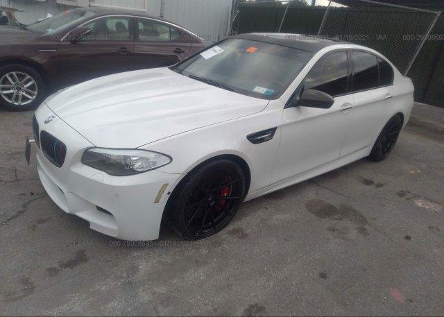 из сша 2013 BMW M5 WBSFV9C51DC774097
