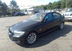 2011 BMW 328 - WBAPK7C51BA820459 Right View