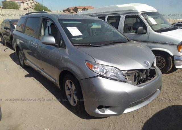 Inventory #748697072 2017 Toyota SIENNA