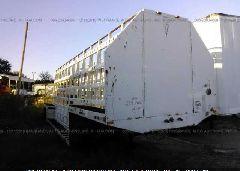 2005 UNRUH 32 FT TRAILER - 1U9CG321051062142 Left View
