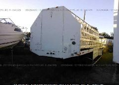 2005 UNRUH 32 FT TRAILER - 1U9CG321051062142 Right View