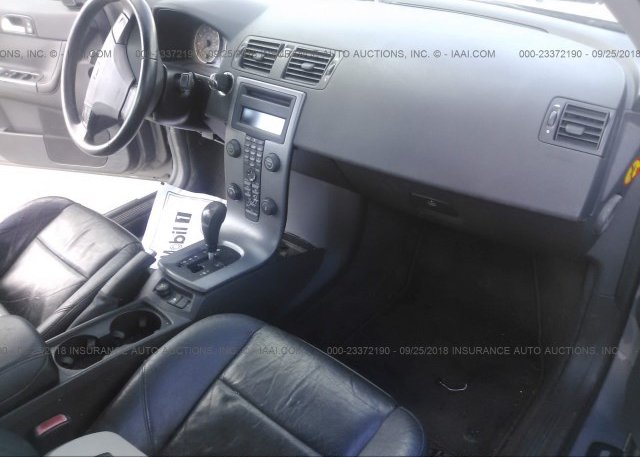 YV1MS390852051896, Salvage Title gray Volvo S40 at DALE, TX