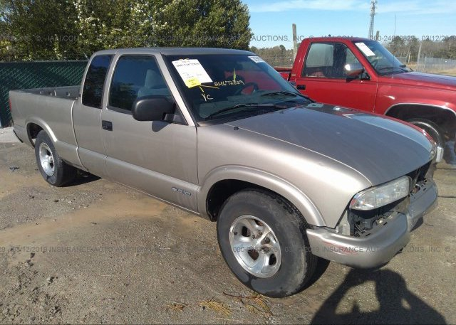Inventory #896526838 2001 Chevrolet S TRUCK