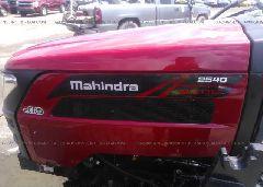 2016 MAHINDRA TRACTOR - 
