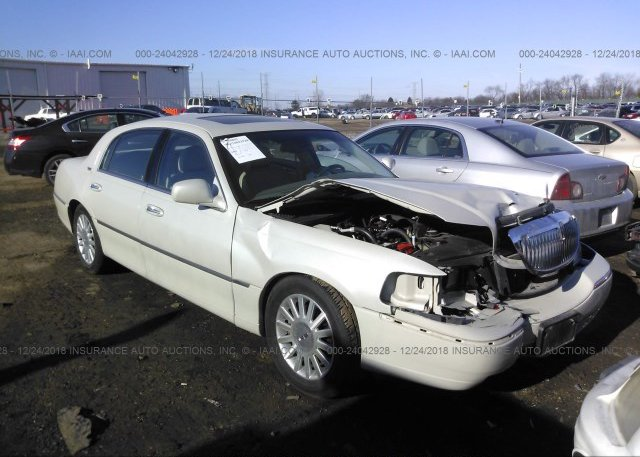 1lnlm82w4vy610313 Parts Only Bos Black Lincoln Town Car At
