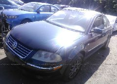 2003 Volkswagen PASSAT - WVWUK63B53P437189 Right View