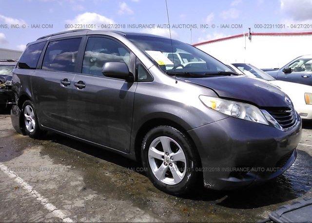 Inventory #408424844 2011 Toyota SIENNA