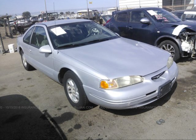 Inventory #956077295 1997 FORD THUNDERBIRD
