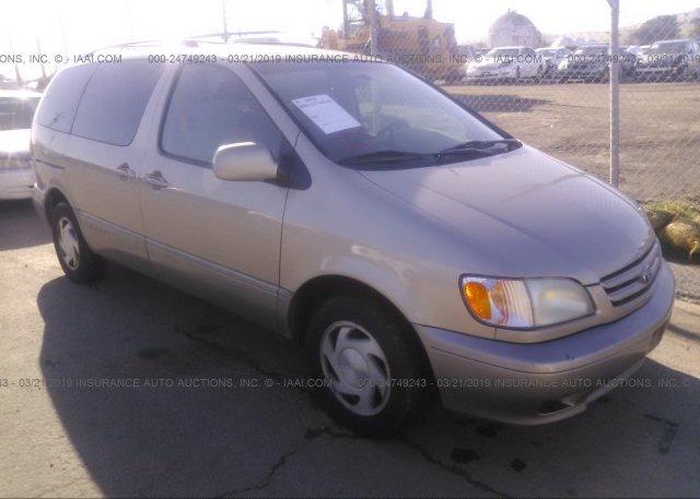 Inventory #525100988 2002 Toyota SIENNA
