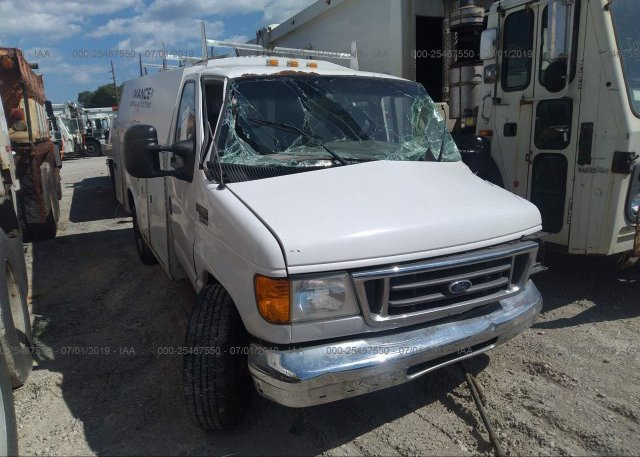 Inventory #570063108 2004 FORD ECONOLINE