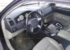 2005 Chrysler 300 - 2C3JA53G25H690994 close up View