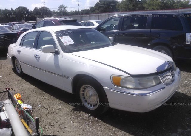 Inventory #308938099 1999 Lincoln TOWN CAR