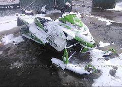 2014 ARCTIC CAT SNOWMOBILE