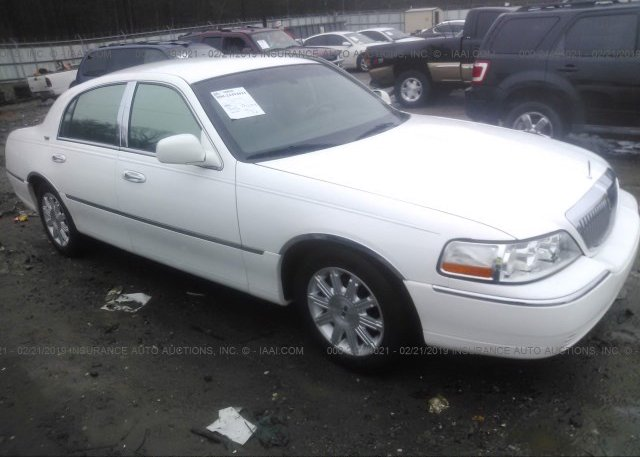 Inventory #345791590 2011 Lincoln TOWN CAR