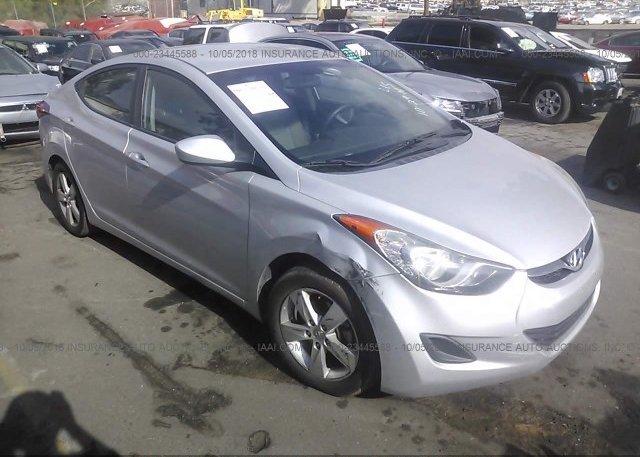 Inventory #611113969 2013 Hyundai ELANTRA
