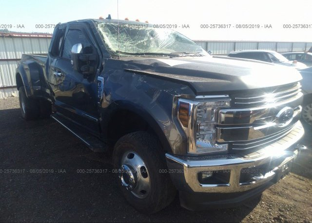 Inventory #744649911 2019 FORD F350