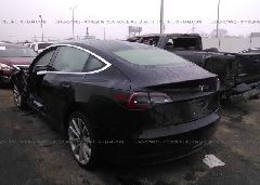 2018 TESLA MODEL 3 - 5YJ3E1EB8JF097076 [Angle] View