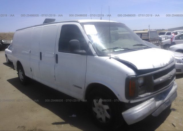 Inventory #826096712 2002 Chevrolet EXPRESS G2500