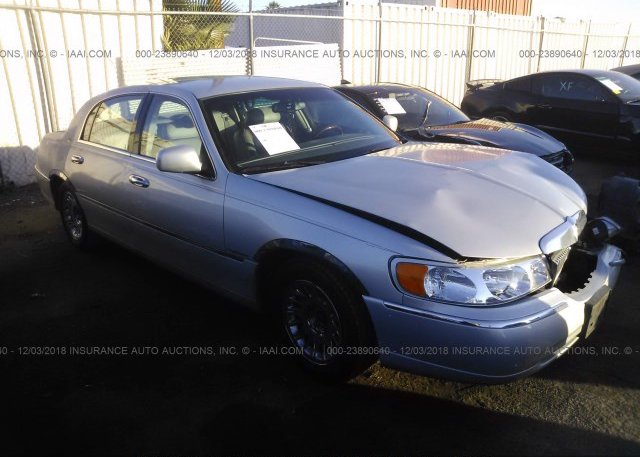 1lncm81w2my638417 Clear Light Blue Lincoln Town Car At Athens Al