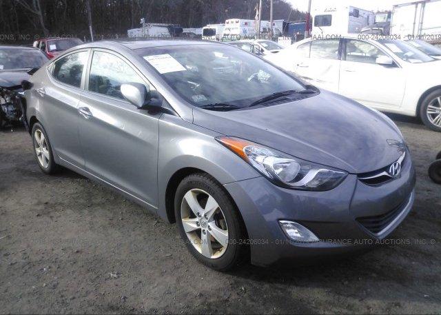 Inventory #997698919 2013 Hyundai ELANTRA