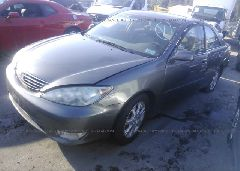 2005 Toyota CAMRY - 4T1BE30K05U532633 Right View