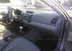 2005 Toyota CAMRY - 4T1BE30K05U532633 close up View
