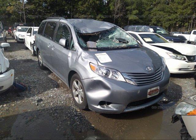 Inventory #305203136 2016 Toyota SIENNA