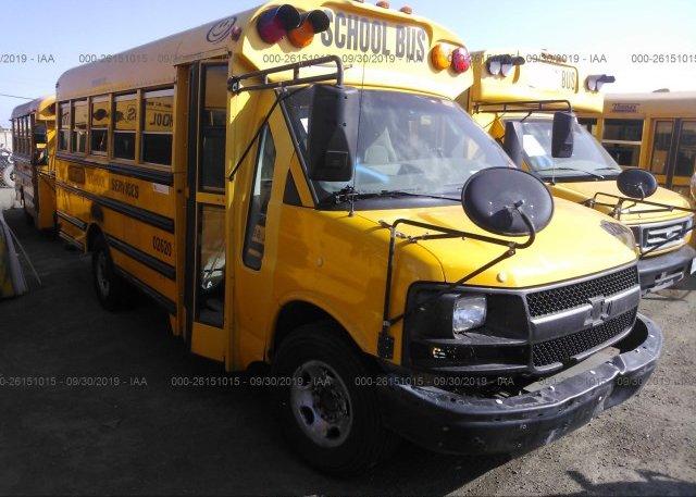 Inventory #618983326 2004 CHEVROLET EXPRESS G3500