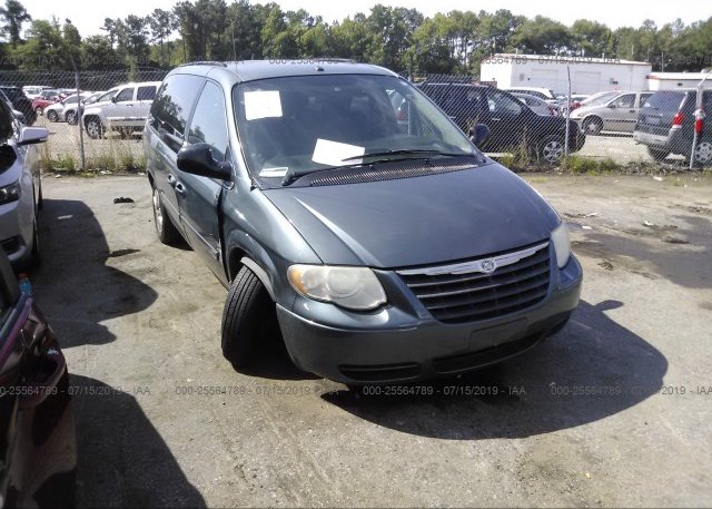 Inventory #745304870 2006 Chrysler TOWN & COUNTRY