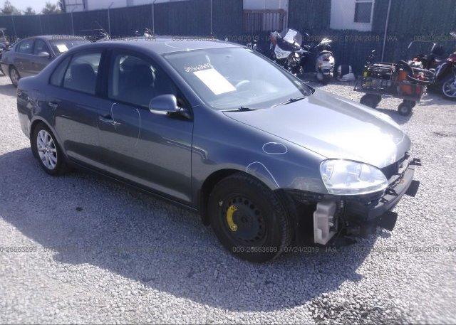 Inventory #658385064 2010 Volkswagen JETTA