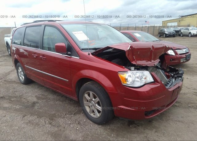Inventory #704315469 2010 Chrysler TOWN & COUNTRY
