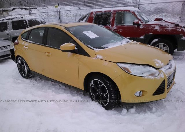 1fahp3k20cl463330 Salvage Yellow Ford Focus At East Dundee Il On