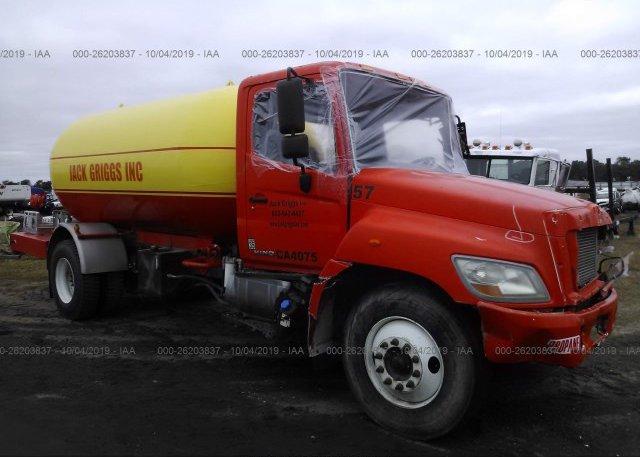 Inventory #917434247 2012 HINO HINO 338